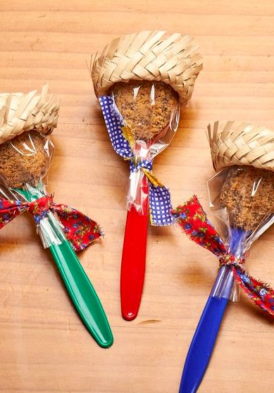 doces de festa junina brigadeiro