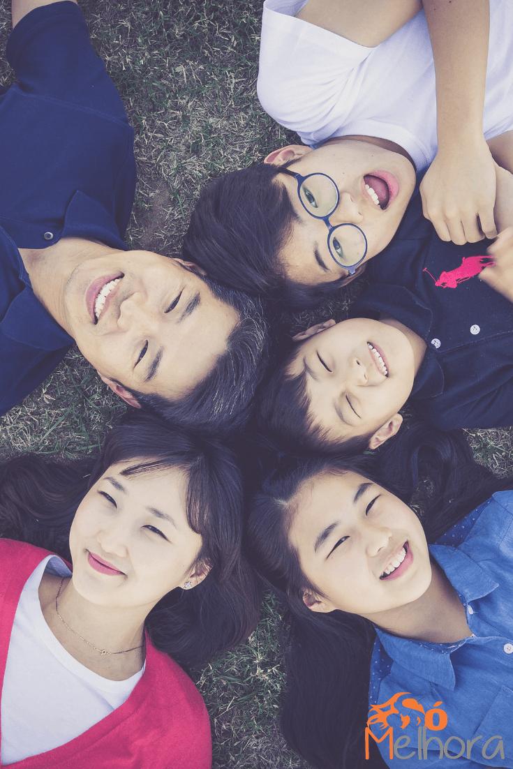 família oriental para ilustrar o poema para familia