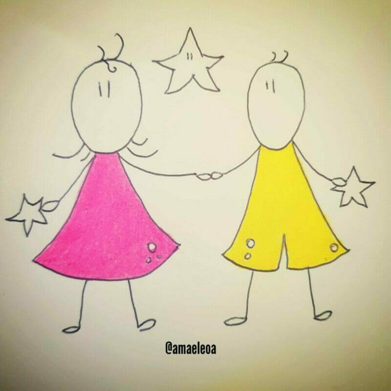 imagem de duas crianças para ilustrar a magia que envolve as tradições de natal