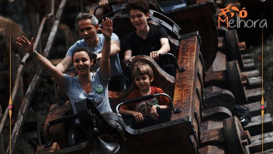 Imagem da montanha russo dos 7 anões - roteiro magic kingdom com criança