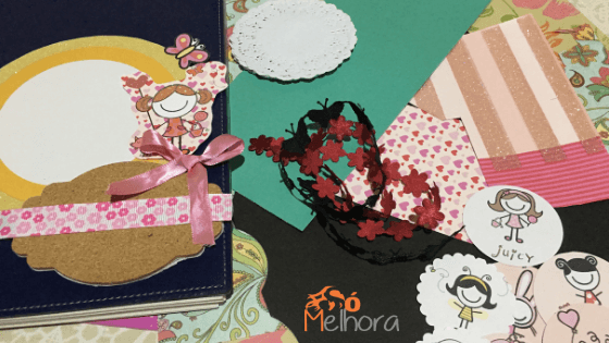imagem dos materiais utilizados na confecção de um caderno de receitas