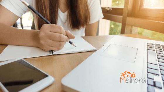 Como ajudar seu filho com a rotina de estudos em casa