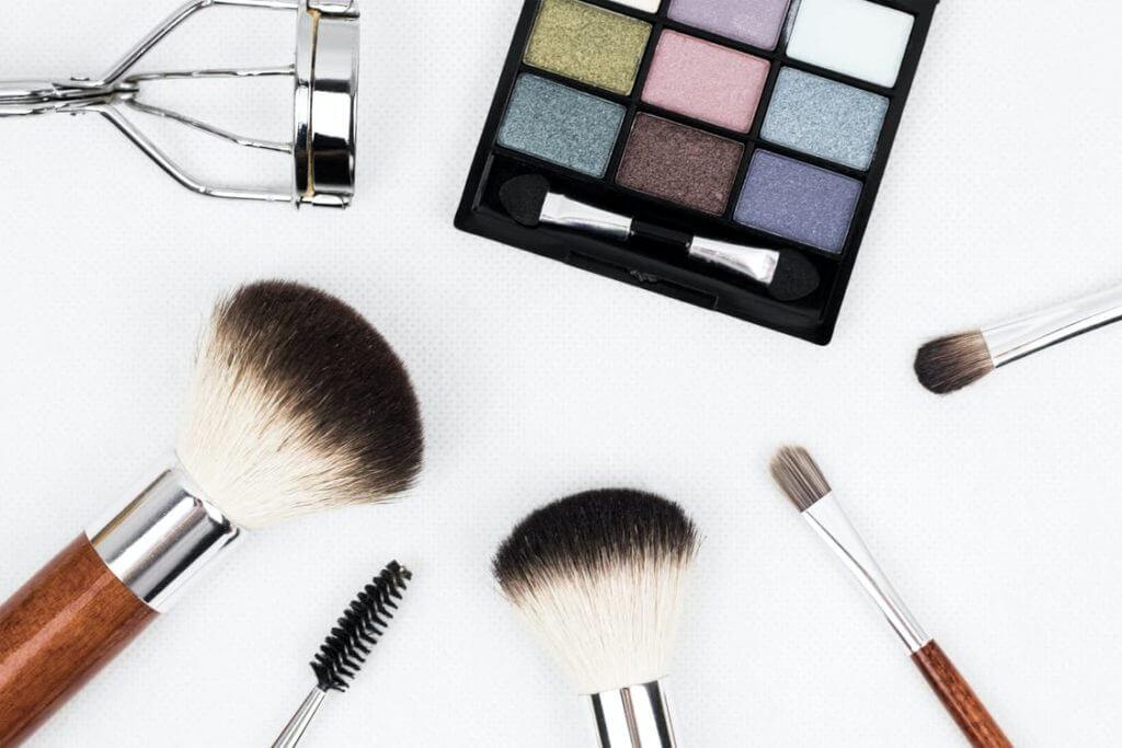 imagens de maquiagem para quem quer abrir seu próprio negócio